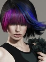 brunette-hairstyles-funkly-highlights